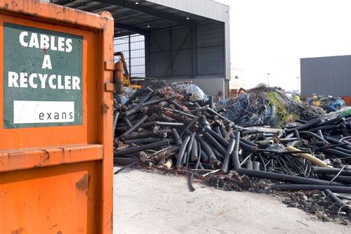 dechets-dangereux-cables-recycler